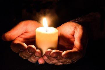 Rugaciunea de miercuri. Iti va aduce lumina in suflet, liniste si dorintele ti se vor implini!