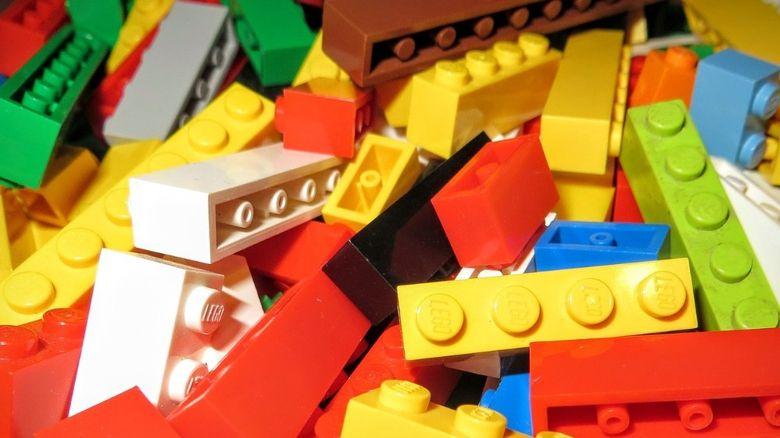 3 mituri despre jucariile LEGO pe care sa nu le crezi