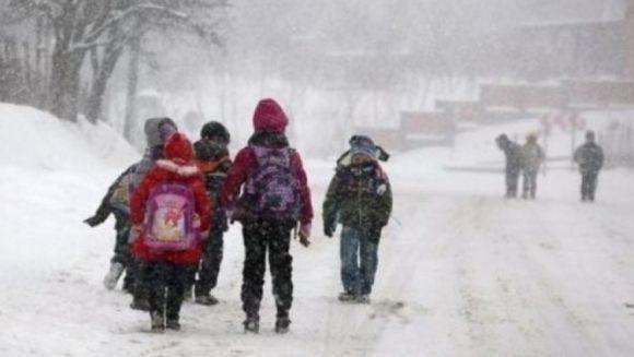 Anuntul de ultima ora al Primariei Capitalei! Scolile din Bucuresti raman inchise toata saptamana din cauza vremii severe!