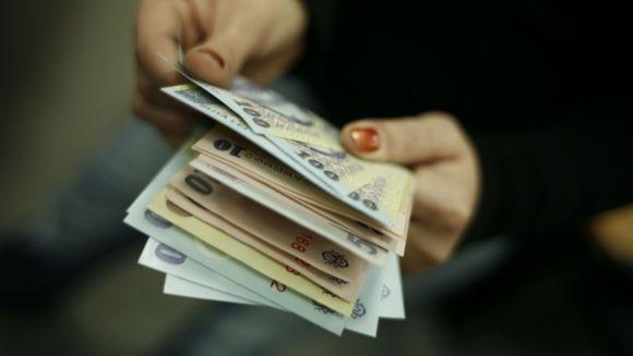 Surpriza pentru romani: cresc salariile simtitor incepand de astazi! Iata cine va primi mai multi bani