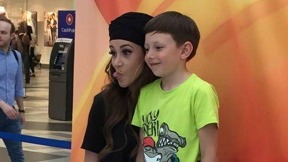 """Ana-Maria Barnoschi, atractia copiilor astazi, la castingul pentru """"Roata Norocului""""!"""