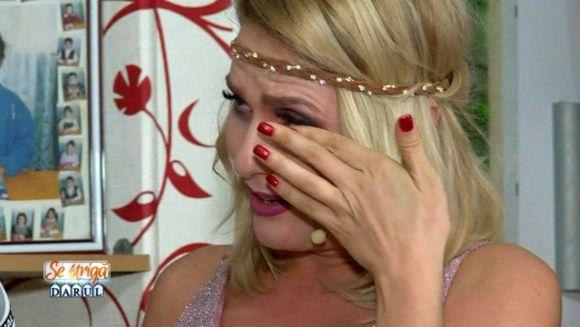 "Dianna Rotaru, in lacrimi! Mireasa a facut-o pe vedeta de la ""Se striga darul!"" sa izbucneasca in plans!"