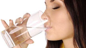 Slabeste 20 de kilograme in 21 de zile cu apa fiarta - Cea mai simpla dieta