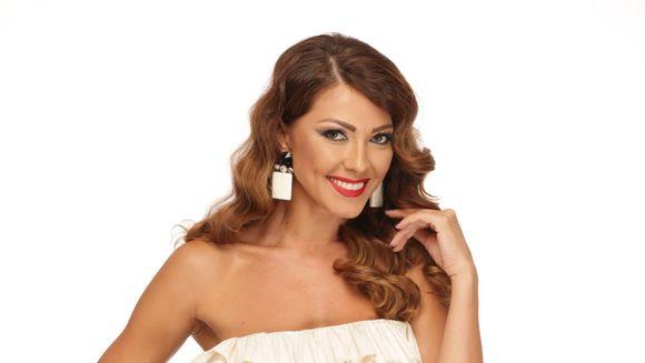 """Ultimele zile pana finalul celei mai indragite competitii de fashion din Romania! Sambata, 16 iunie, de la ora 22:00, se va alege, in direct, castigatoarea """"Bravo, ai stil! All Stars"""""""