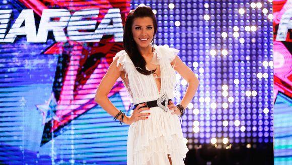 """Titlul de """"Cea mai stilata femeie din Romania"""" si castigatoarea premiului de 100.000 de lei va fi aleasa maine, in direct, de la ora 22:00, in editia speciala """"Bravo ai stil! ALL Stars!"""""""