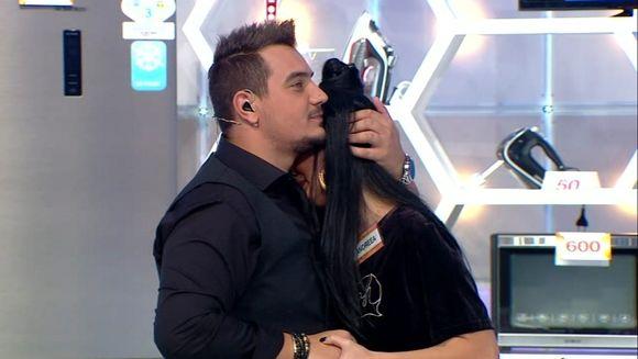 "Andreea Tonciu, in lacrimi! Motivul care a facut-o sa izbucneasca in plans! Momente emotionante la ""Roata Norocului"", azi, de la ora 20.00, la Kanal D"