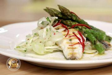 """Cum se prepara un peste ca la carte aflam astazi de la Chef Foa, prezentatorul show-ului culinar """"Cine-i Chefu'?"""""""
