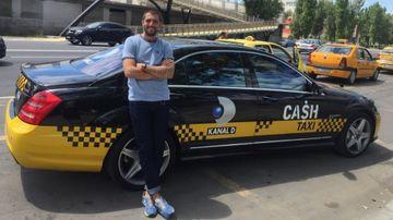 """Ce ascunde Catalin Cazacu in portbagajul limuzinei de lux pe care o conduce la """"Cash Taxi""""! E plin ochi cu..."""