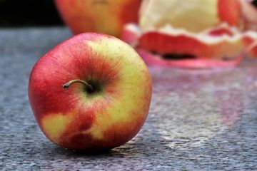 Dieta de 10 zile cu mere. Slabesti pana la 10 kg in timp record