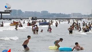 Risc de imbolnavire pe litoral! Cea mai ploiasa vara din ultimii ani pune sanatatea turistilor in pericol! Iata ce boli poate cauza umezeala ridicata si ce ne sfatuiesc specialistii!