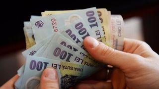 Veste buna pentru multi romani: cresc salariile cu 15%! Cine va primi bani in plus, marirea se da chiar din aceasta luna