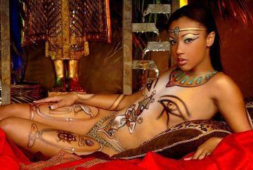 Cum faceau egiptenii sex. Desfrau antic greu de imaginat explicat in Papirusul Erotic de la Torino