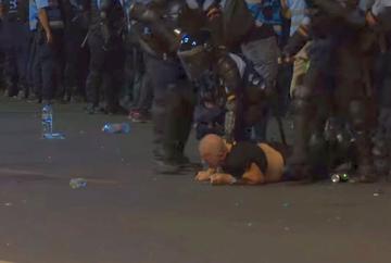 Prima reactie a Jandarmeriei la acuzatiile ca au fost batuti oameni nevinovati, care nu erau agresivi! Ce spune purtatorul de cuvant al institutiei