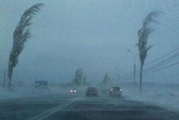 Meteorologii au facut anuntul: se intorc ploile torentiale, vijeliile si grindina! Mare parte din tara va fi afectata, de cand incepe urgia