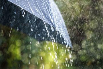 Meteorologii avertizeaza: pana duminica seara vin ploi torentiale, vijelii si grindina! Iata care vor fi zonele afectate de aceste fenomene!