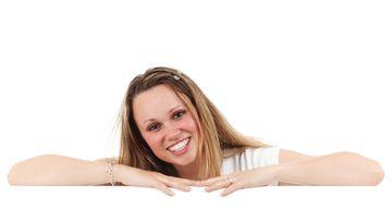 Ce durata de viata are un implant dentar si care sunt etapele de tratament?