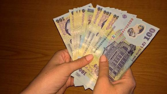 Se dau bani de la stat: pana la 40.000 de lei! Daca ai pana in 55 de ani poti sa primesti si tu, uite ce trebuie sa faci