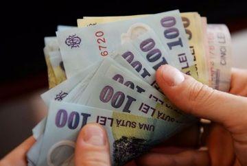 E oficial: se dau mai multi bani de la stat, marirea e de 53%! Vezi daca esti printre cei care vor primi bani in plus