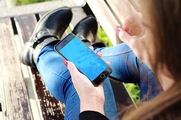 Cea mai noua boala psihiatrica: Frica de a ramane fara telefonul mobil