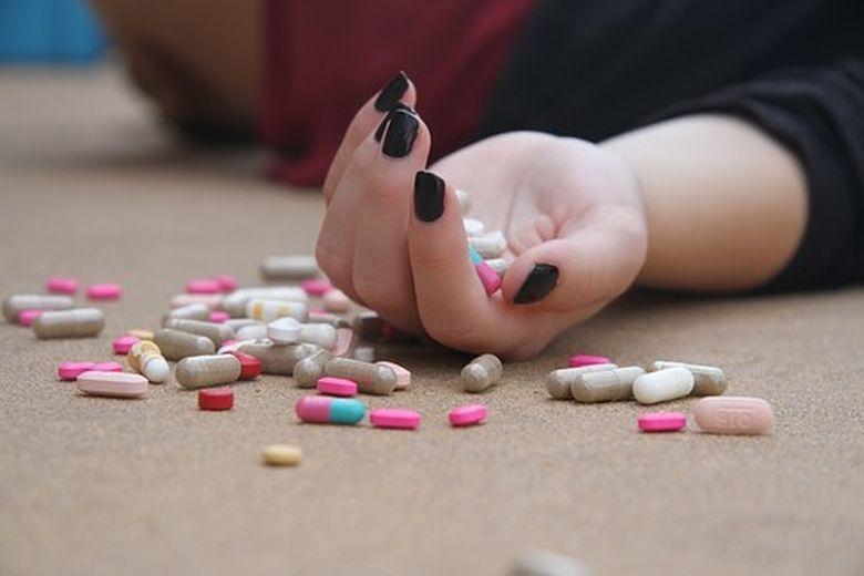 Combinatii care pot fi fatale! Ce nu trebuie sa mananci cand iei aceste pastile
