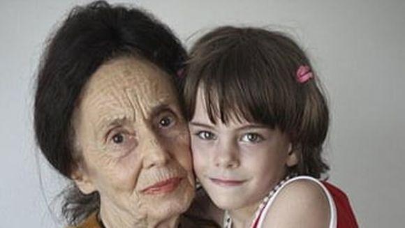 Ce avere ii lasa Adriana Iliescu fiicei sale dupa moarte! Uite cu ce se va alege copila si cine va avea grija de ea
