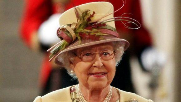 E de necrezut ce mananca regalitatile! Meniul zilnic al Reginei Elisabeta a II-a