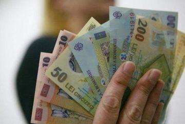 Au venit banii pentru copii! Cat vor primi elevii din Romania in fiecare luna de la stat incepand din aceasta luna