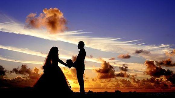 Tinerii casatoriti, sub vizorul ANAF. Ce au de facut pentru a nu primi amenzi usturatoare
