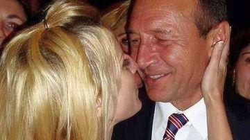 Dezvaluiri picante despre relatia dintre Elena Udrea si Traian Basescu! Cum au fost surprinsi in biroul prezidential