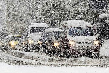 Aerul polar aduce ninsori viscolite in Romania! Cat o sa dureze frigul