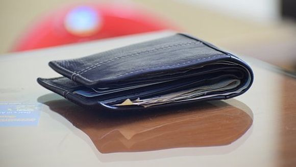 Cresterea salariului minim NU va aduce mai multi bani romanilor! Capacana pregatita de Guvern