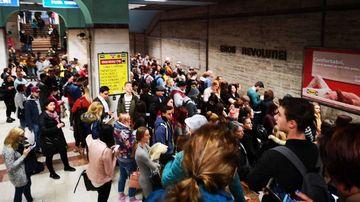 DEZASTRU la metroul bucurestean! Mii de oameni, blocati in statiile cu CEL MAI NOCIV AER din Capitala