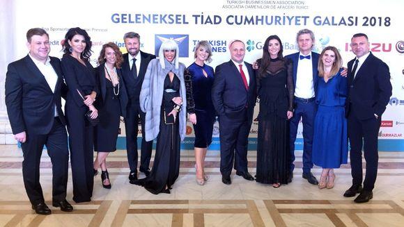 Ugur Yesil, CEO Kanal D si Executive Board Member Kanal D, prezent, alaturi de vedete ale statiei, la Balul TIAD
