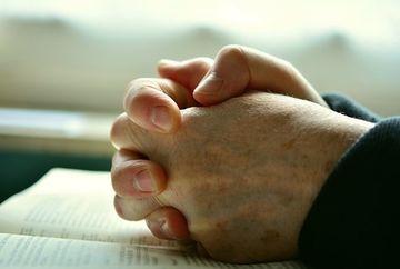Incepe Postul Craciunului! Cum ne pregatim trupeste si sufleteste pentru a ajunge mai aproape de Dumnezeu