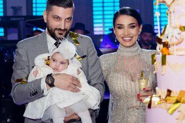 Cati bani a strans Adelina Pestritu din dar la botezul fiicei sale! Suma este fabuloasa