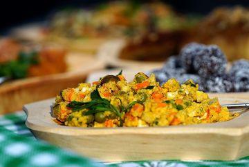 Nutritionsitii arunca bomba! Salata boeuf este buna pentru dieta!