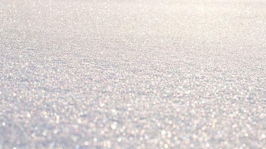 Zapada de peste 70 cm dupa primele ninsori din Romania. In ce zona exista pericol de avalanse