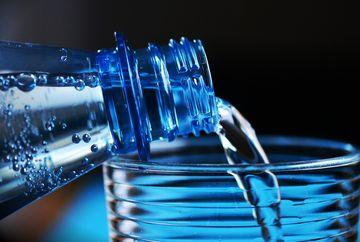 Apa de izvor: Sănătatea din natură