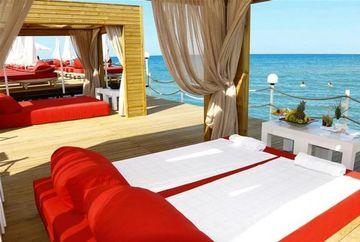 Hotelul Adam şi Eva - locul în care paradisul întâlneşte pământul