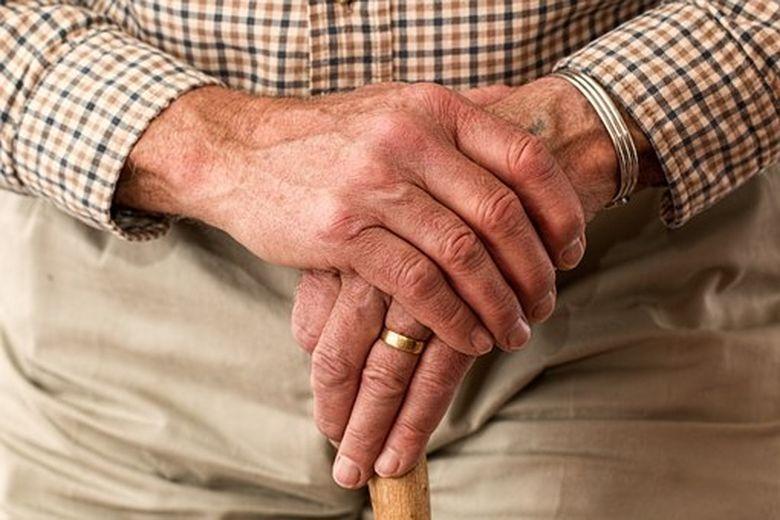 Noul regulament STB: Pensionarii risca sa fie amendati daca nu se conformeaza acestor norme