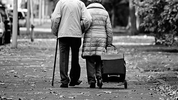 Nu mai sunt bani pentru pensiile de luna aceasta! Tocmai acum de sarbatori! Sute de pensionari vor avea de suferit