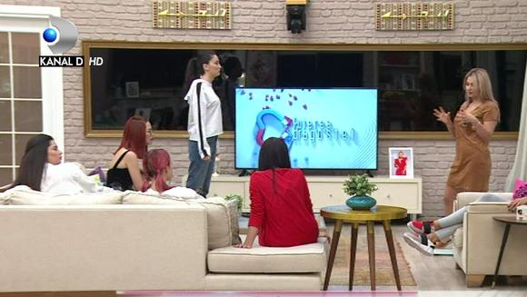 """Concurentele de la """"Puterea dragostei"""", proba cantarului! Iata cum au reactionat fetele la provocarea lansata de Raluca Marina, liderul saptamanii!"""