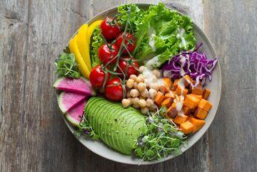Ce este o dieta vegetariana si cum o poti tine?