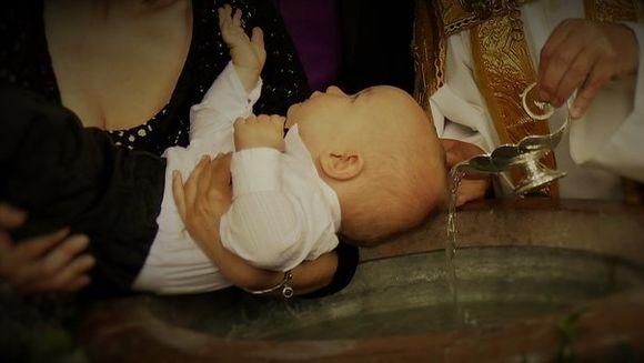 Cand NU se fac botezuri in 2019. De ce trebuie sa eviti aceste zile