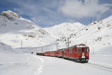 Trenurile Zapezii 2019: Ce reduceri ii asteapta pe cei care merg la munte in aceasta perioada