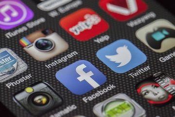 """Aplicatia Instagram ar putea fi interzisa din cauza continutului """"obscen"""""""