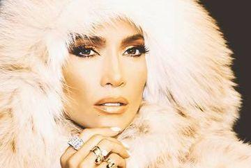 Cum arata Jennifer Lopez fara strop de machiaj. Te-ai trezi dimineata langa ea?