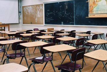 Cutremur in educatie! Se modifica durata vacantelor. La ce sa se astepte elevii