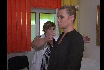 "Zinaida Stoenescu, ""femeia-magnet"", intr-un reportaj despre vindecari miraculoase, la ""Asta-i Romania!"""
