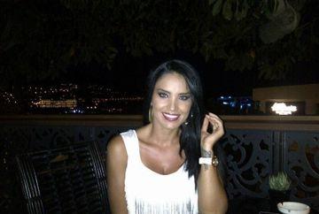 Adelina Pestritu a ramas INTERZISA cand a vazut preturile dintr-un meniu! Cat costa o sticla de sampanie intr-un restaurant